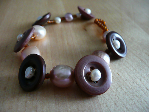 Small Brown Button & Pearl Bracelet